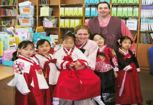 Lớp dạy tiếng Hàn