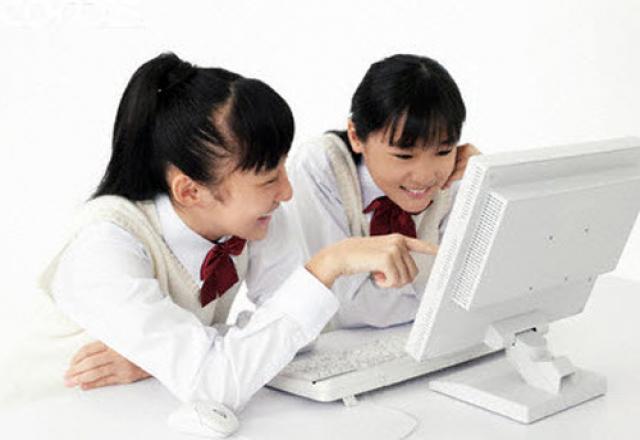 Dạy tiếng Hàn cho người Việt online