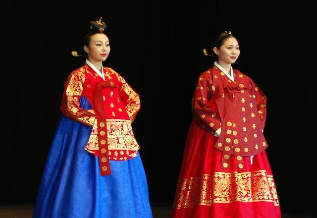 Tiếng Hàn cơ bản giao tiếp – Tìm hiểu về Hanbok Hàn Quốc