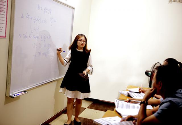 """Trở thành """"siêu cao thủ"""" tiếng Hàn với khóa học tiếng Hàn trung cấp 1 của SOFL"""
