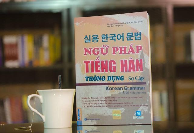 Review sách luyện thi TOPIK tiếng Hàn - Châu Thùy Trang